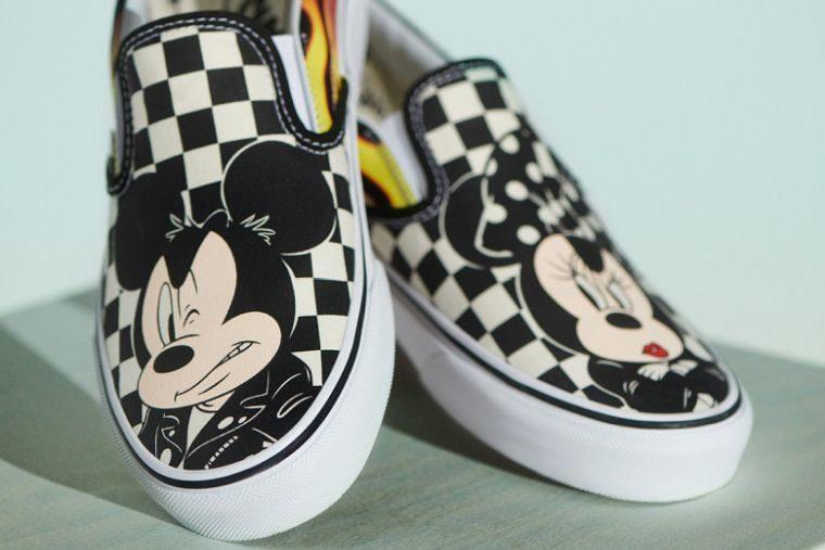 Vans Mickey Mouse koleksiyonu