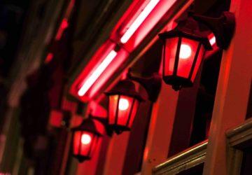 Amsterdam Kırmızı Fener Sokağı kredi kartı