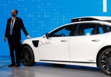Toyota sürücüsüz otomobiller Gardiyan Modu