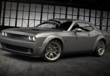Dodge Challenger 50th Anniversary Commemorative Edition