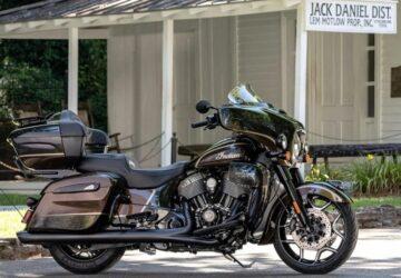 2021 Jack Daniel's x Indian Motorcycles Roadmaster Dark Horse