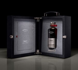 Bowmore x Aston Martin Black DB5 1964