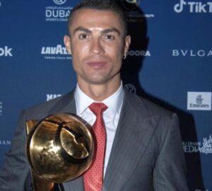 Cristiano Ronaldo yüzyılın en iyi futbolcusu